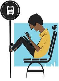Čakanje na avtobus, ki bo prinesel spremembe na bolje, lahko povzroči hude preležanine!