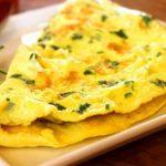 Avgustovska vegeKuhna: zelenjavna omleta in veganska pašteta
