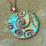 Delavnica oblikovanja keramičnega nakita