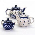 Razstava starih čajnikov in čajanka